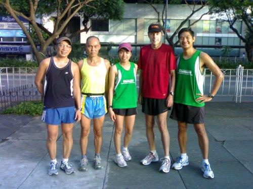 Running at Ayala Triangle with Mon, Sensei John, Quennie, and Wayne